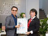 Chào mừng CLB Doanh Nhân Sài Gòn đến tham quan công ty Cổ phần Mỹ thuật Gia Long